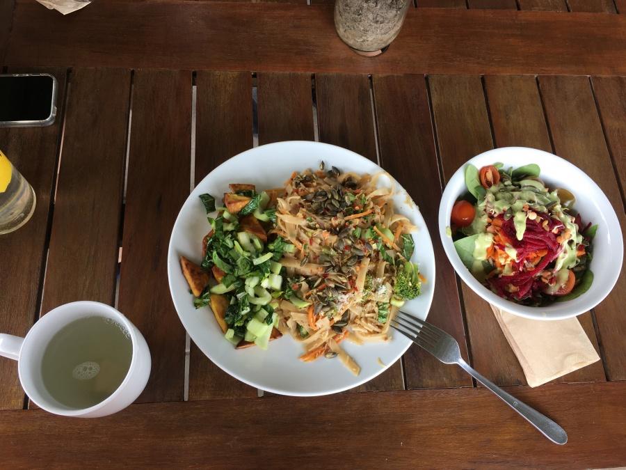 ある日の食事。野菜たっぷり!